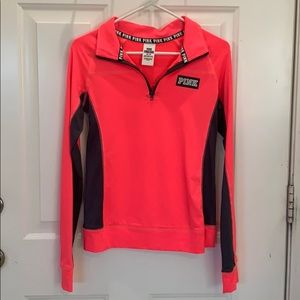 VS Pink Ultimate Pull Over